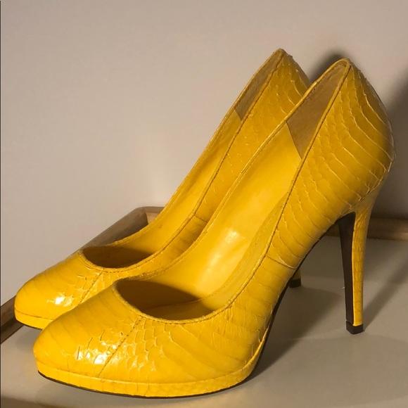 70862aa6299 Lauren Ralph Lauren Yellow Heels💛 Faux Snake Skin